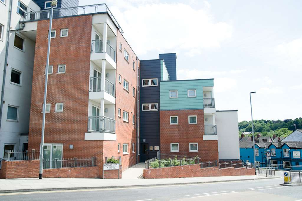 2 bed flat to rent in Tower Court, No 1 London Road, Newcastle Under Lyme  - Property Image 14