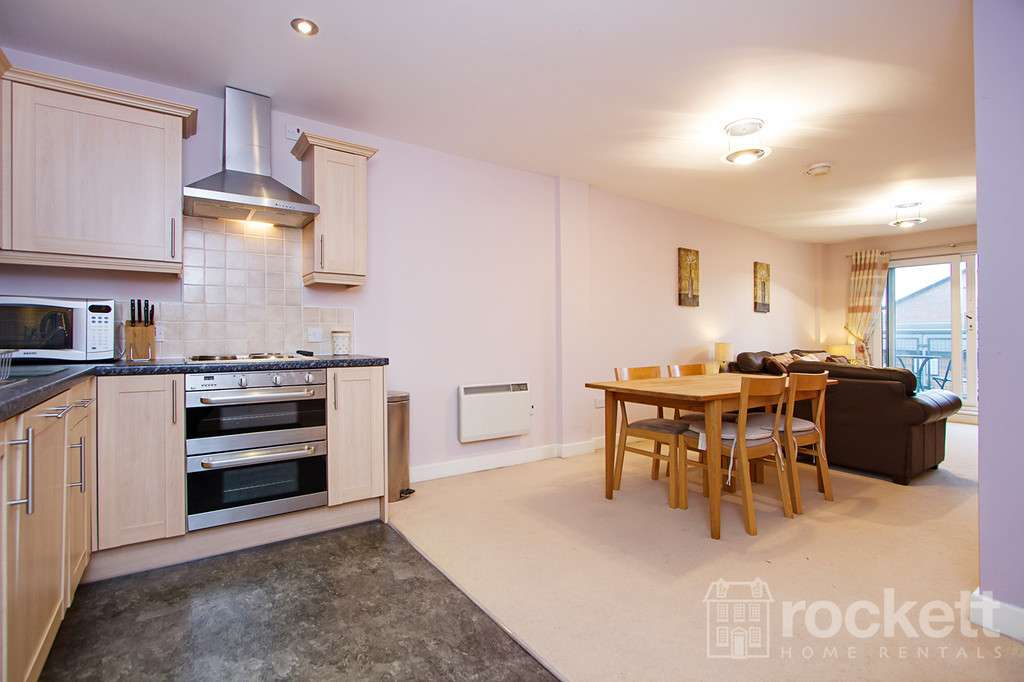 2 bed flat to rent in Tower Court, No 1 London Road, Newcastle Under Lyme  - Property Image 4