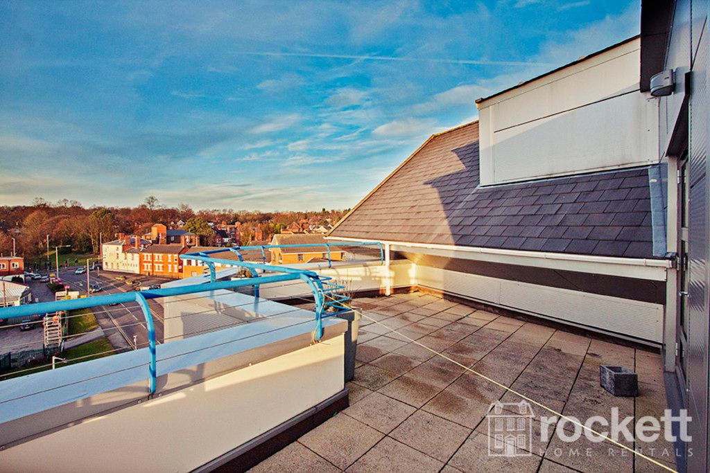 2 bed flat to rent in Newcastle-Under-Lyme  - Property Image 17