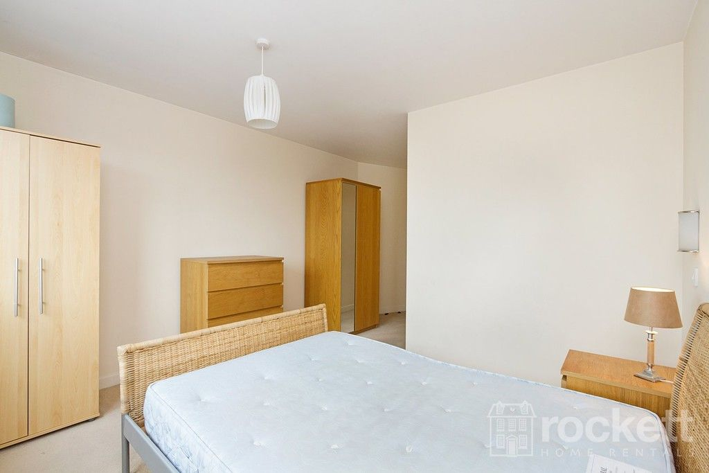 1 bed flat to rent in Newcastle Under Lyme  - Property Image 14