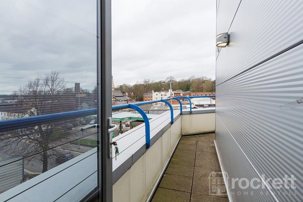 1 bed flat to rent in Newcastle Under Lyme  - Property Image 17