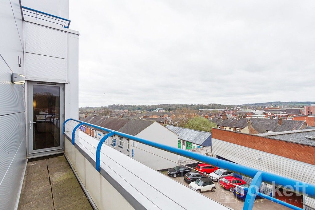 1 bed flat to rent in Newcastle Under Lyme  - Property Image 18