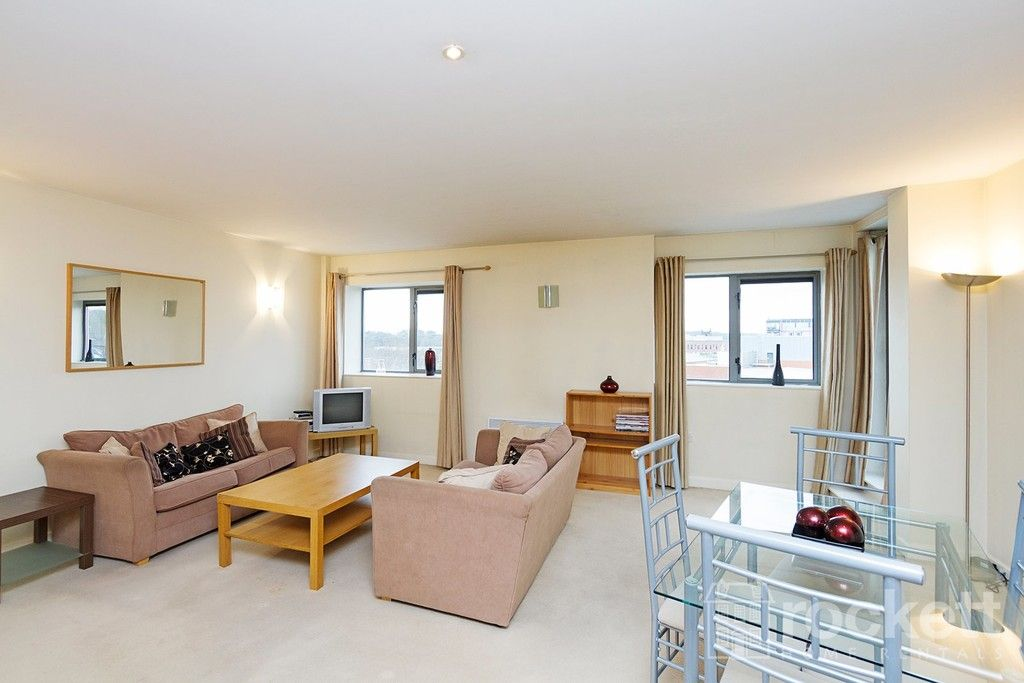1 bed flat to rent in Newcastle Under Lyme  - Property Image 6