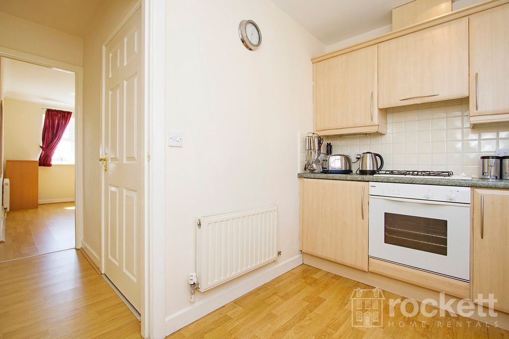 2 bed flat to rent in Newcastle Under Lyme  - Property Image 12