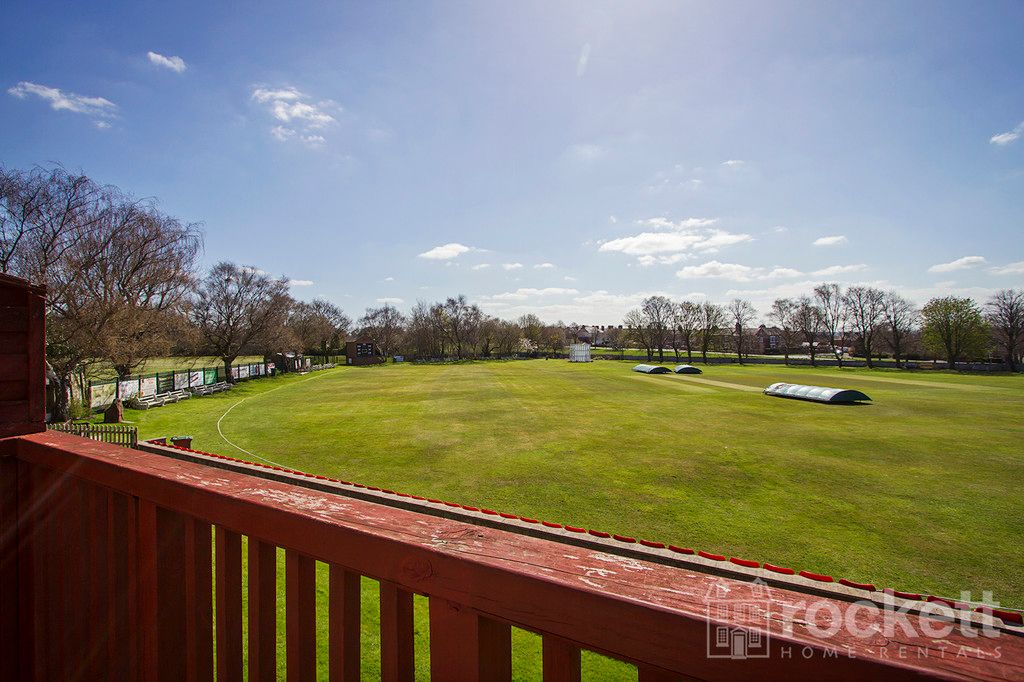 2 bed flat to rent in Newcastle Under Lyme  - Property Image 15