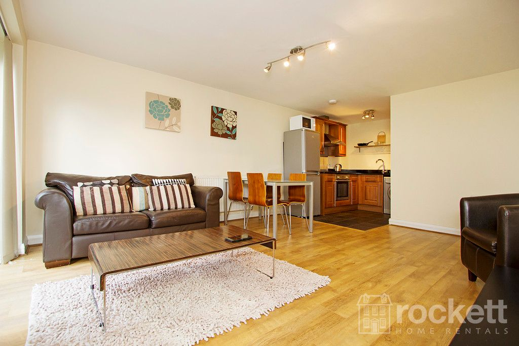 2 bed flat to rent in Kings Oak Court, Tittensor  - Property Image 1