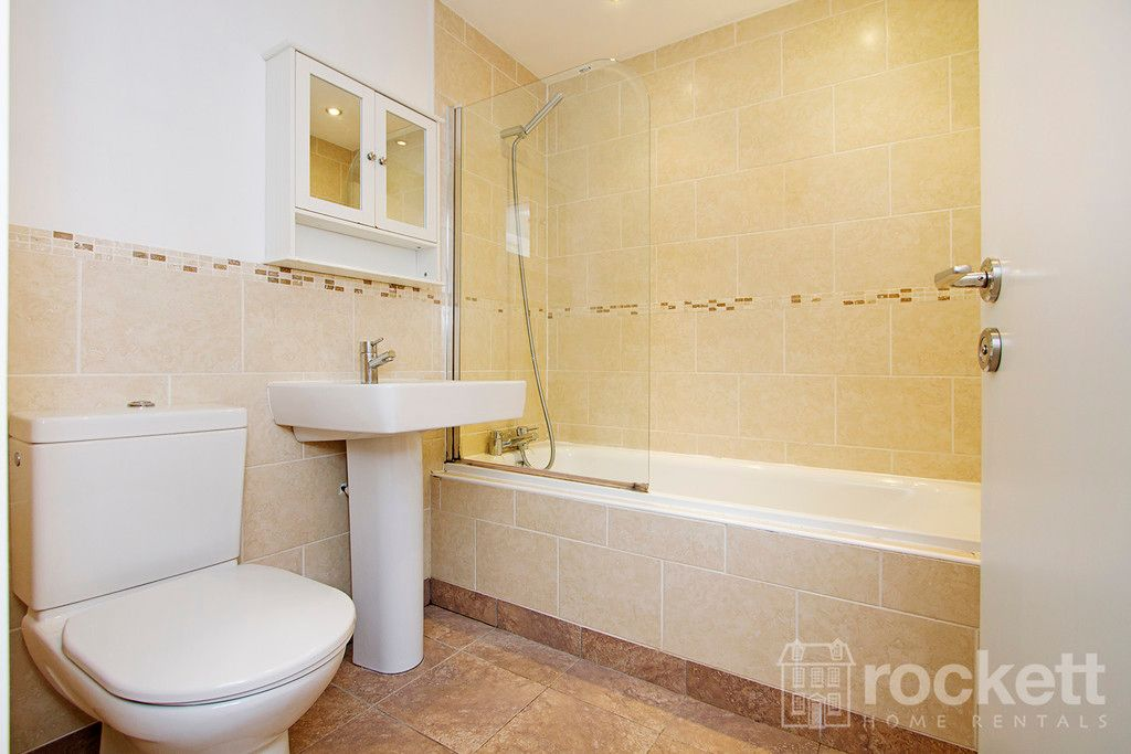 2 bed flat to rent in Kings Oak Court, Tittensor  - Property Image 12
