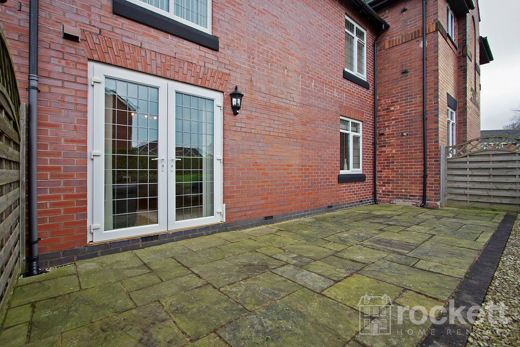 2 bed flat to rent in Kings Oak Court, Tittensor  - Property Image 13