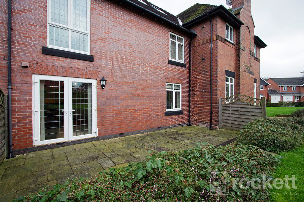 2 bed flat to rent in Kings Oak Court, Tittensor  - Property Image 16
