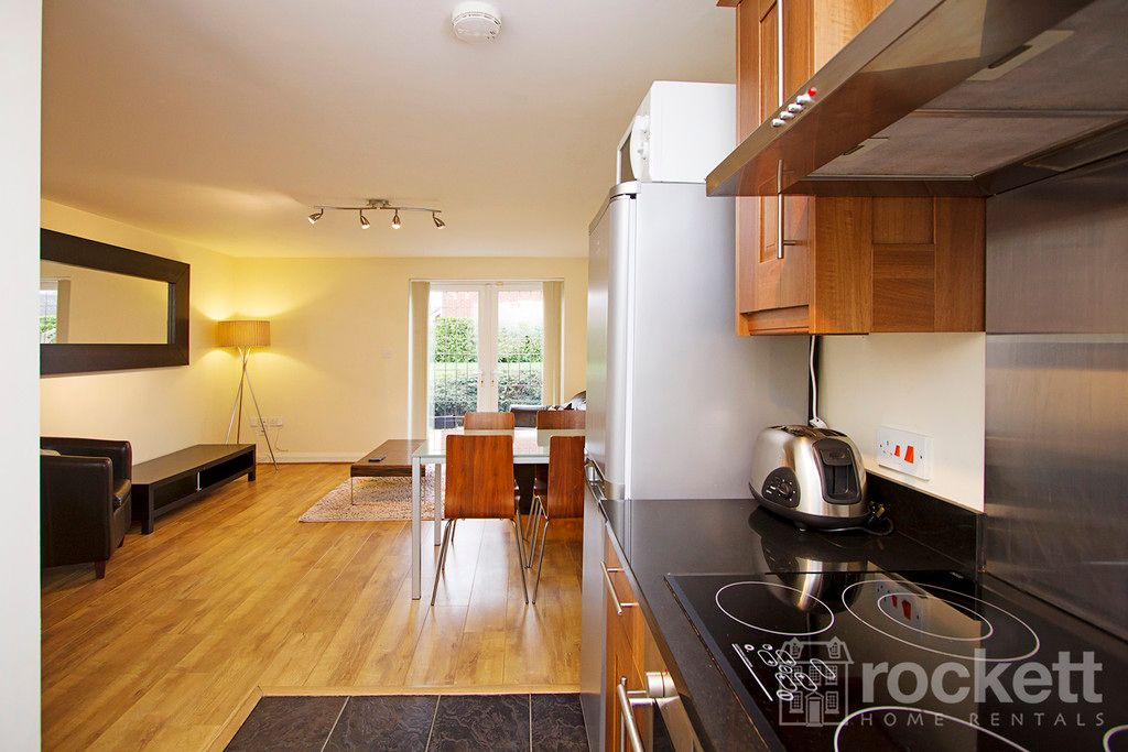2 bed flat to rent in Kings Oak Court, Tittensor  - Property Image 10