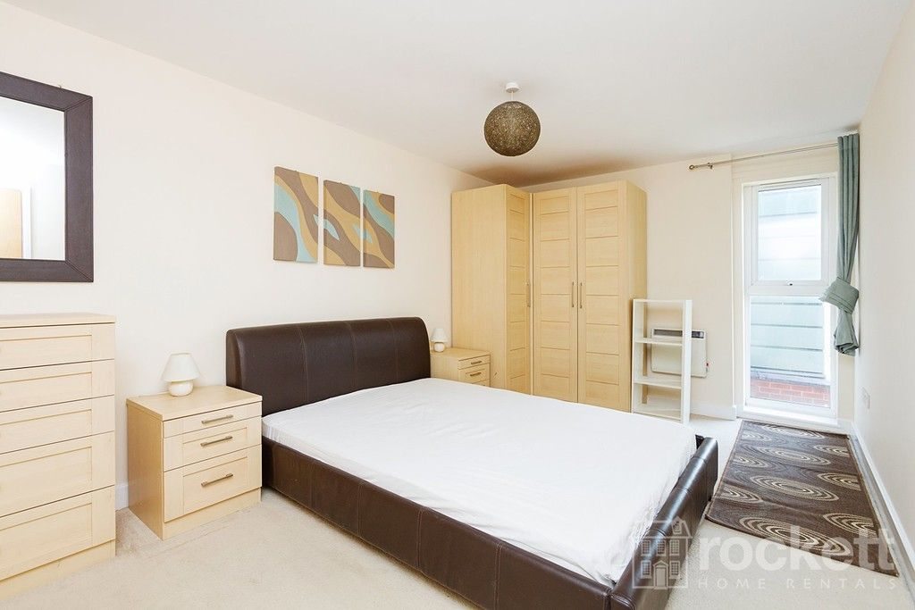 2 bed flat to rent in Newcastle Under Lyme  - Property Image 18
