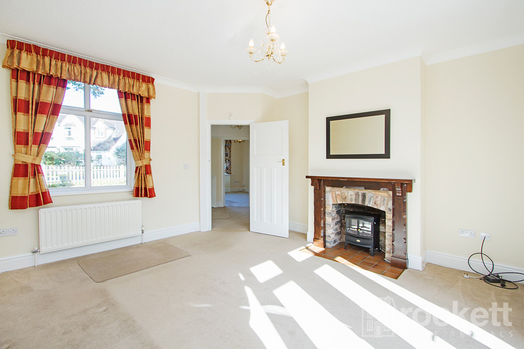 3 bed house to rent in Kingsway West, The Westlands, Newcastle Under Lyme  - Property Image 5