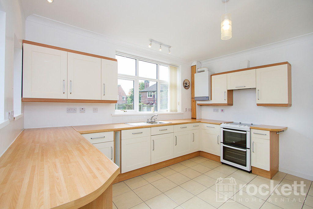 3 bed house to rent in Kingsway West, The Westlands, Newcastle Under Lyme  - Property Image 8