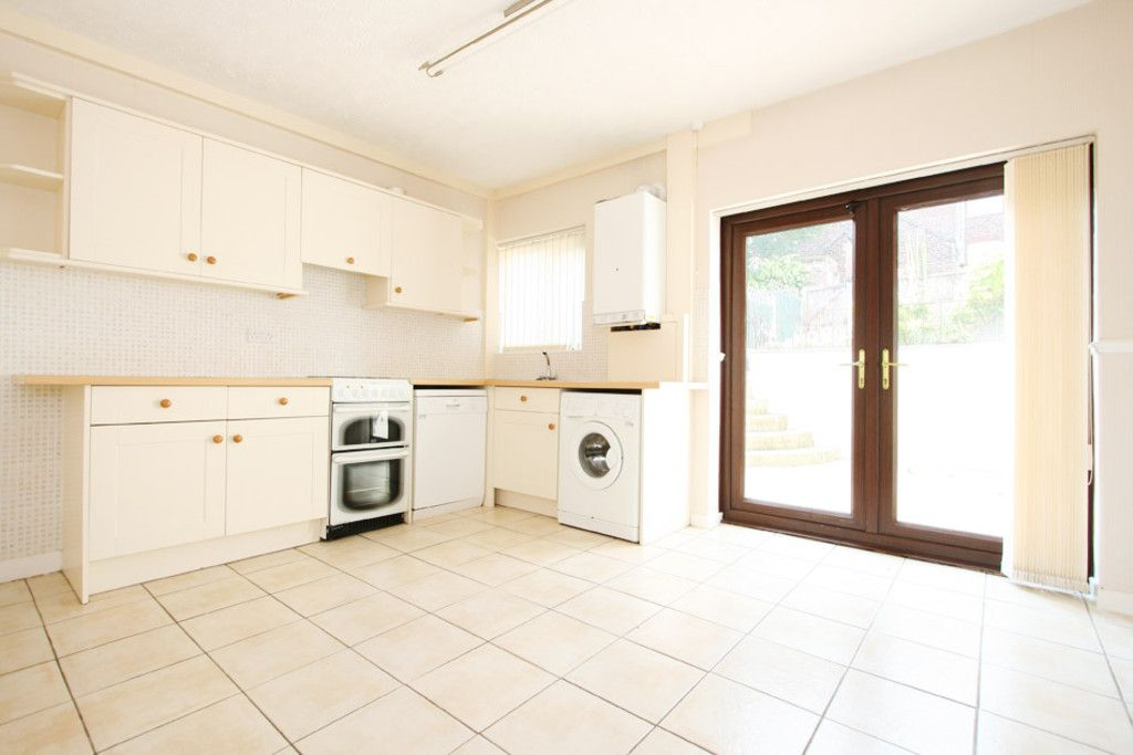 2 bed house to rent in Stoke-On-Trent - Property Image 1