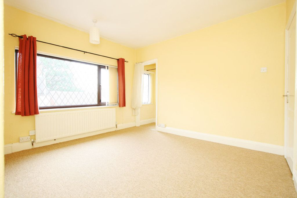 2 bed house to rent in Stoke-On-Trent  - Property Image 6