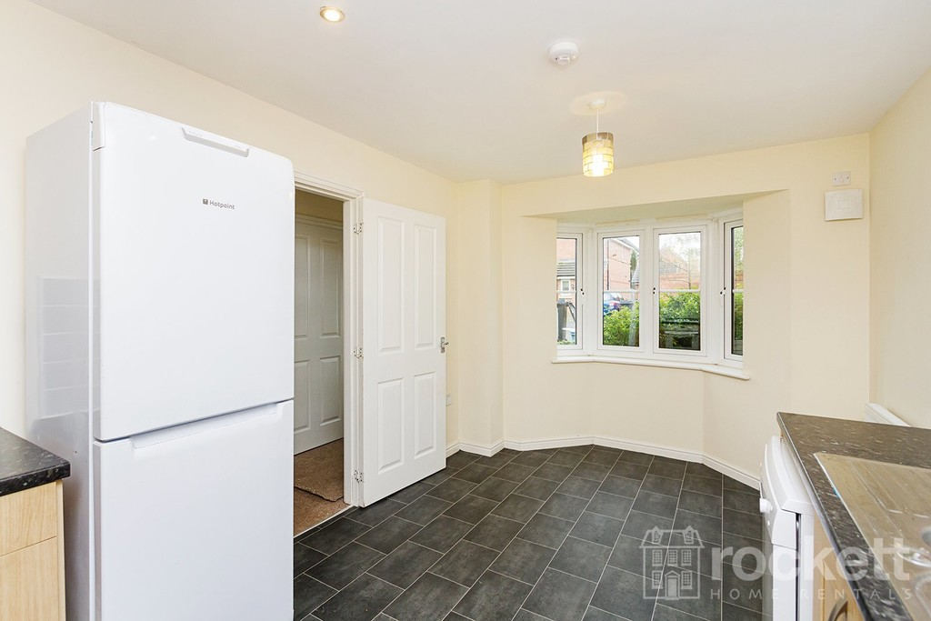 4 bed house to rent in Reedmace Walk, Newcastle Under Lyme  - Property Image 9