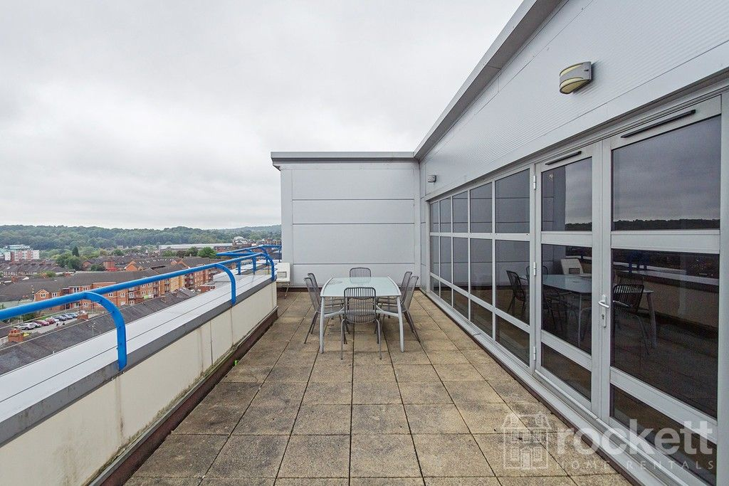 2 bed flat to rent in Newcastle Under Lyme  - Property Image 28