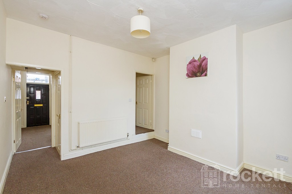 2 bed house to rent in Hanover Street, Newcastle Under Lyme  - Property Image 12