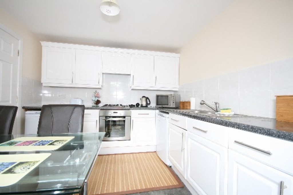 3 bed house to rent in Newcastle Under Lyme  - Property Image 2