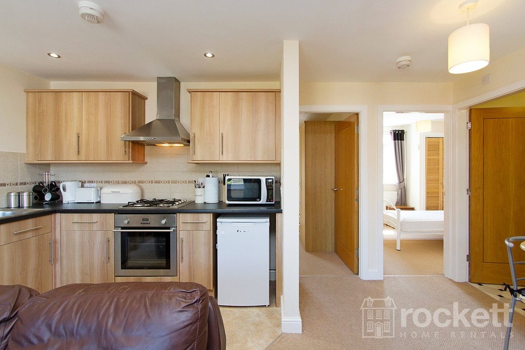 2 bed flat to rent in Faulds Court, Wolstanton  - Property Image 13