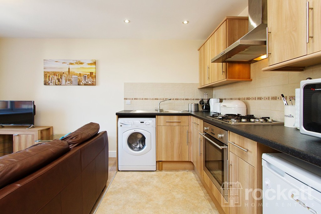 2 bed flat to rent in Faulds Court, Wolstanton  - Property Image 14