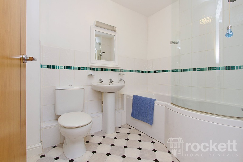 2 bed flat to rent in Faulds Court, Wolstanton  - Property Image 6