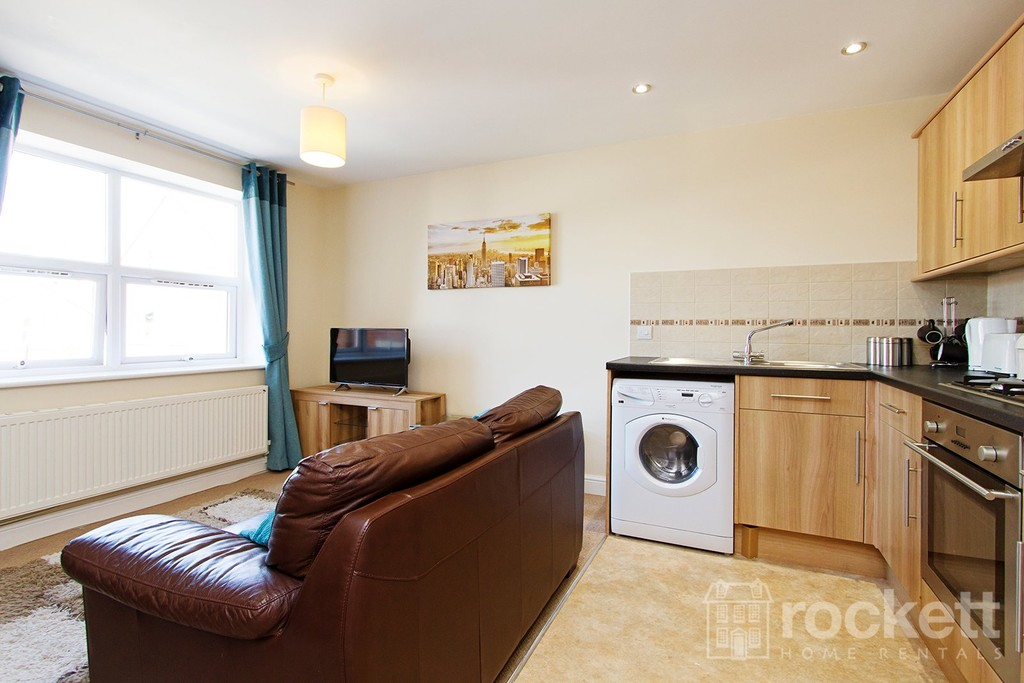 2 bed flat to rent in Faulds Court, Wolstanton  - Property Image 7