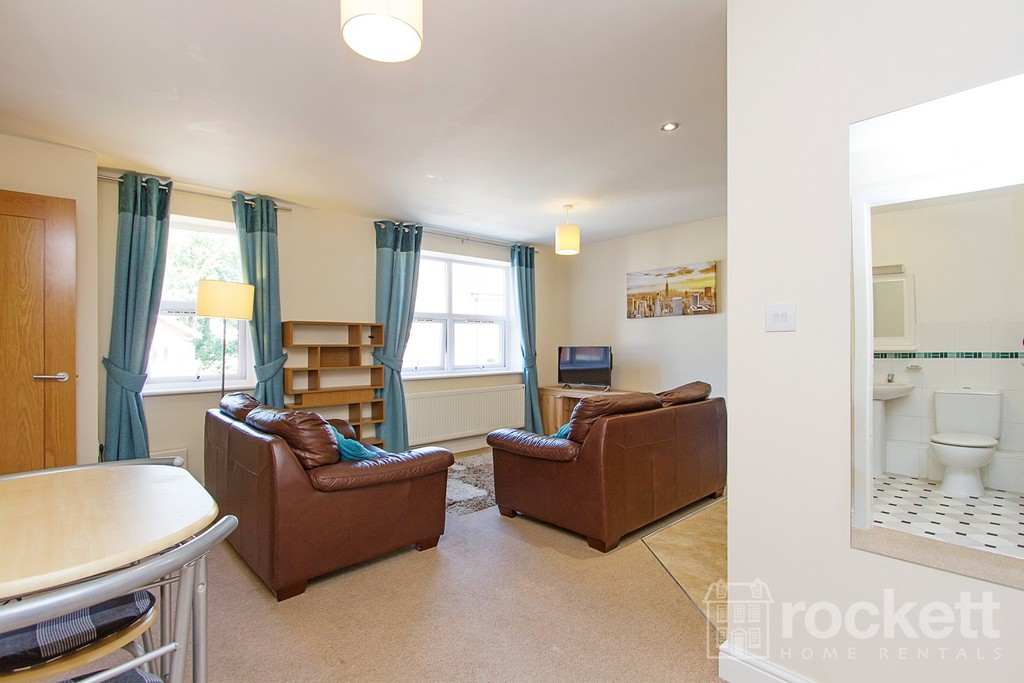 2 bed flat to rent in Faulds Court, Wolstanton  - Property Image 8