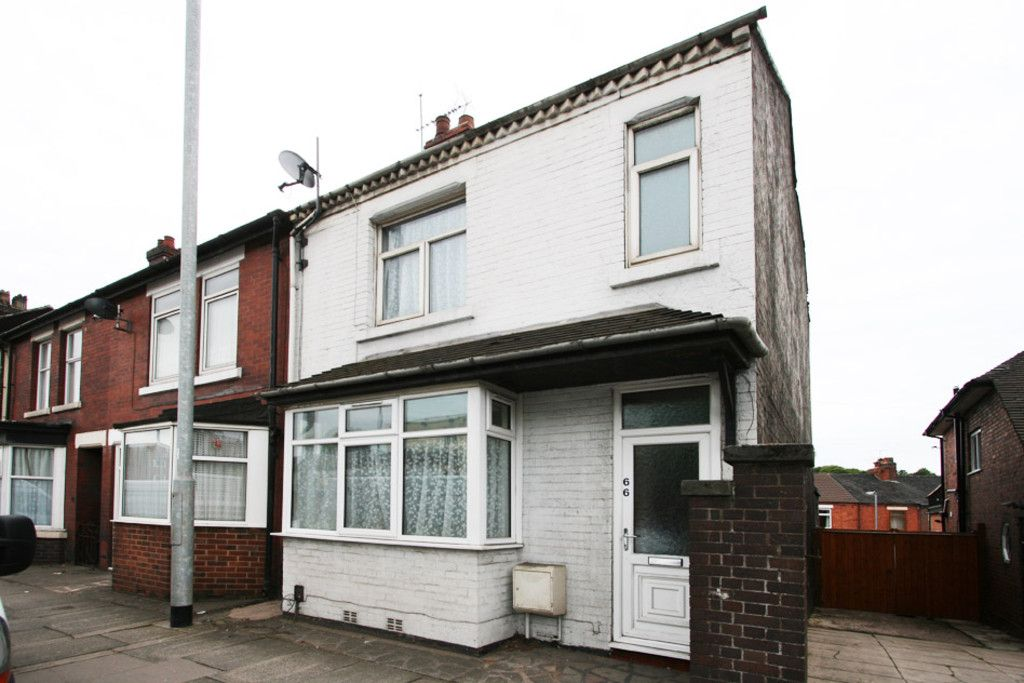 5 bed house to rent in London Road, Newcastle Under Lyme - Property Image 1