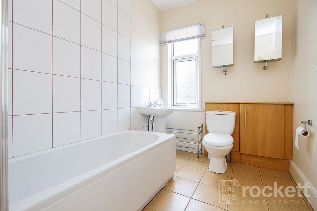 5 bed house to rent in London Road, Newcastle Under Lyme  - Property Image 16