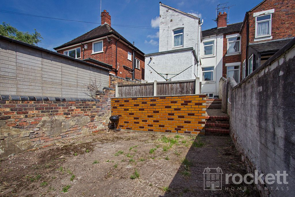 5 bed house to rent in London Road, Newcastle Under Lyme  - Property Image 19