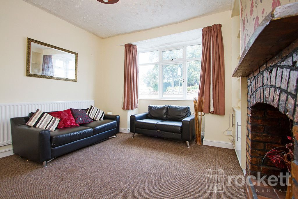 5 bed house to rent in London Road, Newcastle Under Lyme  - Property Image 3