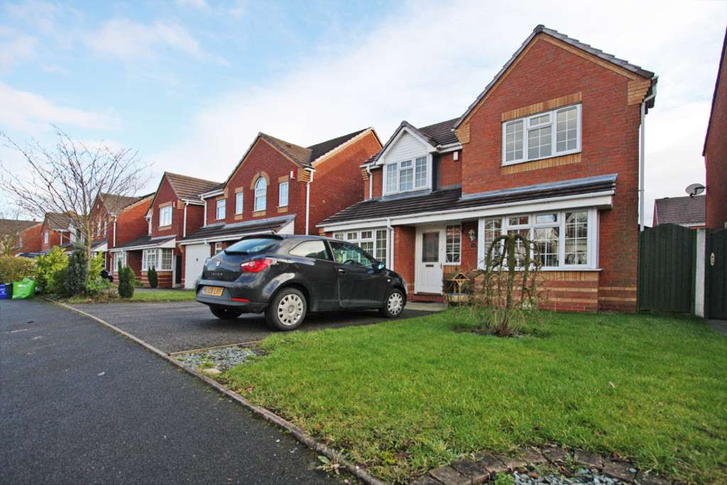4 bed House to rent in Sophia Way, Newcastle Under Lyme, ST5