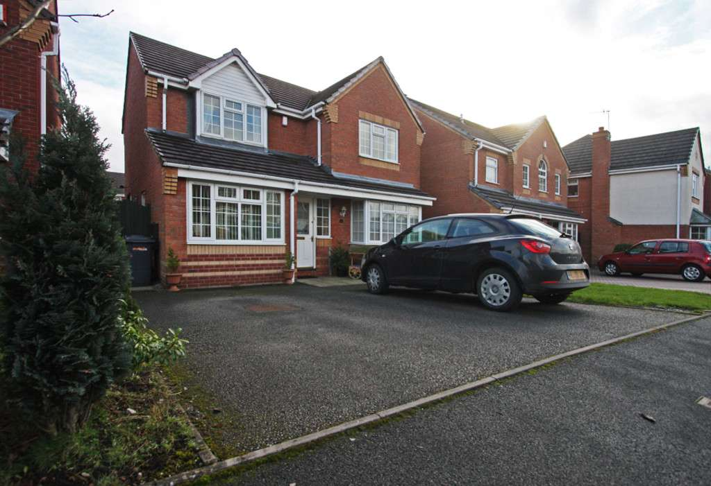 4 bed house to rent in Sophia Way, Newcastle Under Lyme  - Property Image 2