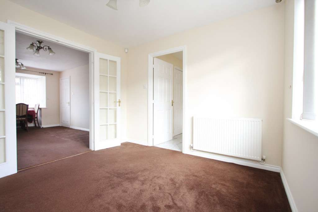 4 bed house to rent in Sophia Way, Newcastle Under Lyme  - Property Image 6