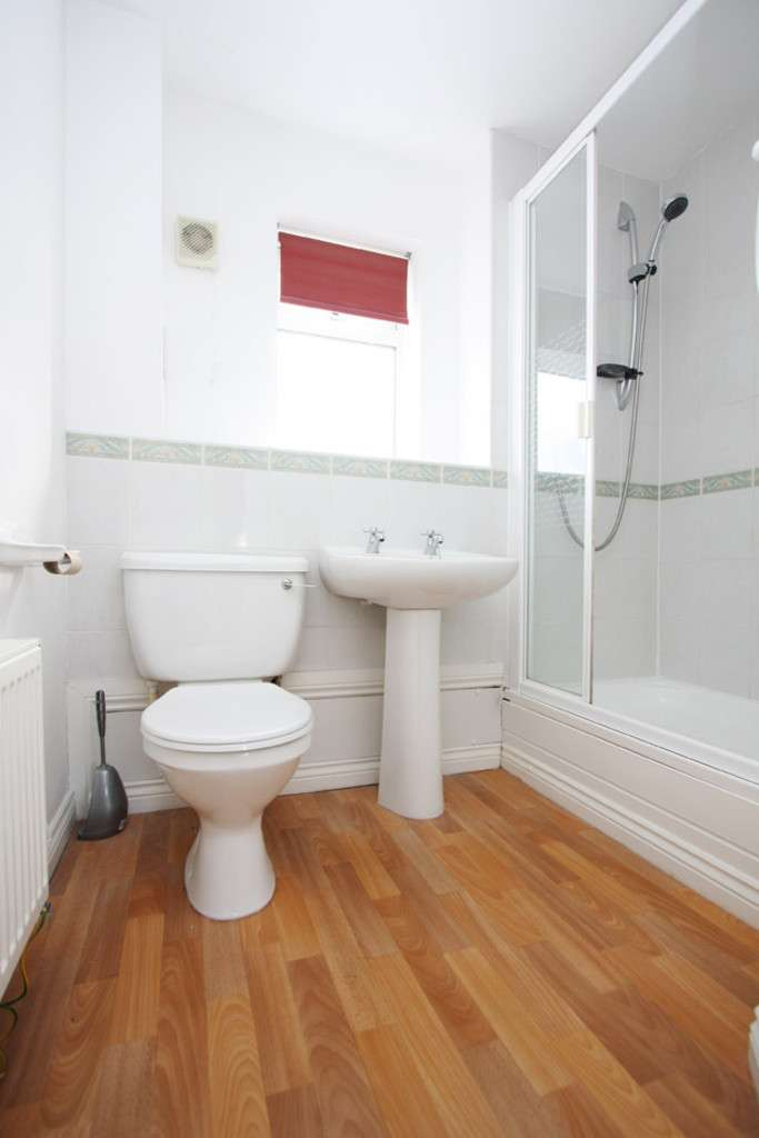 4 bed house to rent in Sophia Way, Newcastle Under Lyme  - Property Image 8