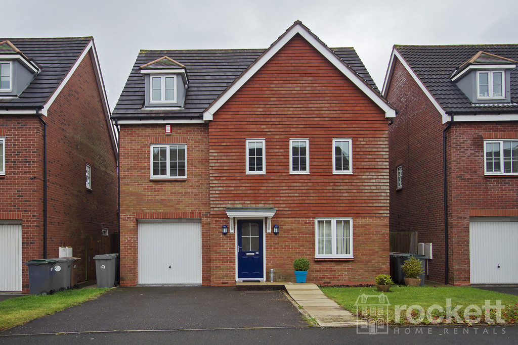 6 bed house to rent in Trentbridge Close, Trentham Lakes, Staffordshire - Property Image 1