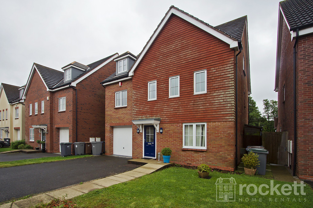 6 bed house to rent in Trentbridge Close, Trentham Lakes, Staffordshire  - Property Image 2