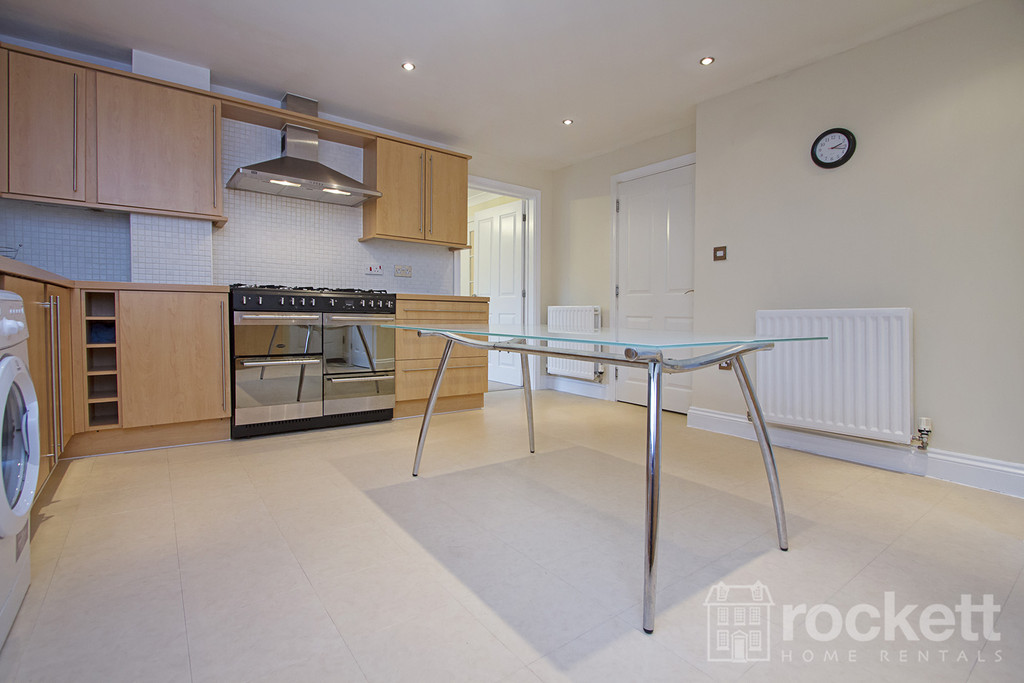 6 bed house to rent in Trentbridge Close, Trentham Lakes, Staffordshire  - Property Image 3
