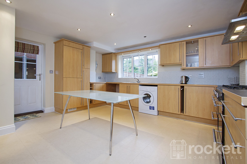 6 bed house to rent in Trentbridge Close, Trentham Lakes, Staffordshire  - Property Image 7