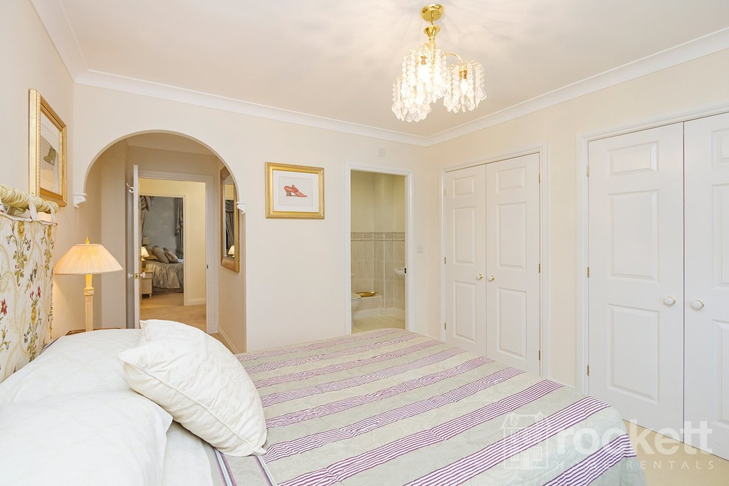 6 bed house to rent in Fairhaven, Weston  - Property Image 20