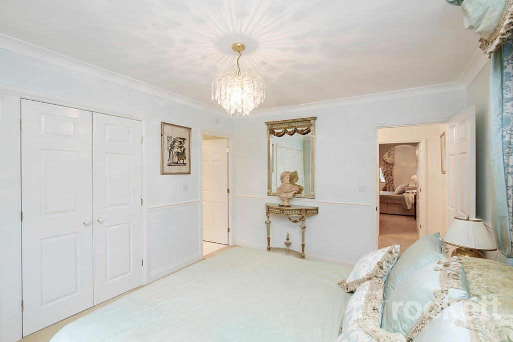 6 bed house to rent in Fairhaven, Weston  - Property Image 37