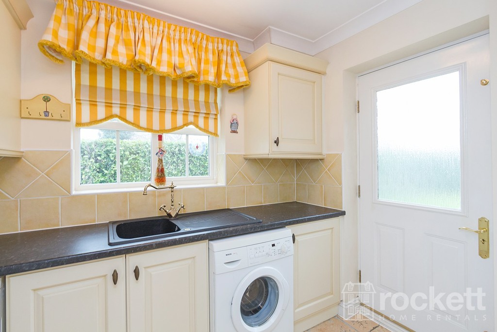 6 bed house to rent in Fairhaven, Weston  - Property Image 62
