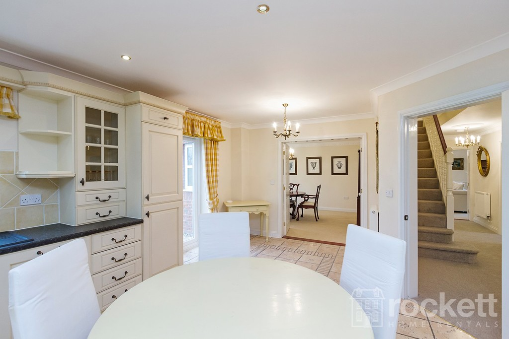 6 bed house to rent in Fairhaven, Weston  - Property Image 10