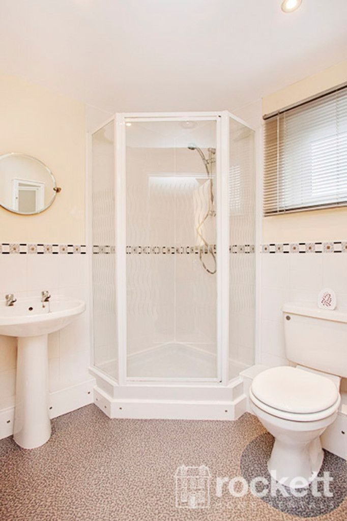 3 bed flat to rent in Newcastle Under Lyme  - Property Image 11