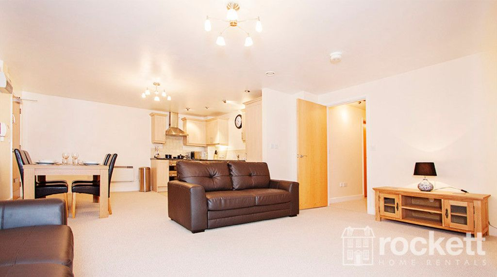 3 bed flat to rent in Newcastle Under Lyme  - Property Image 3