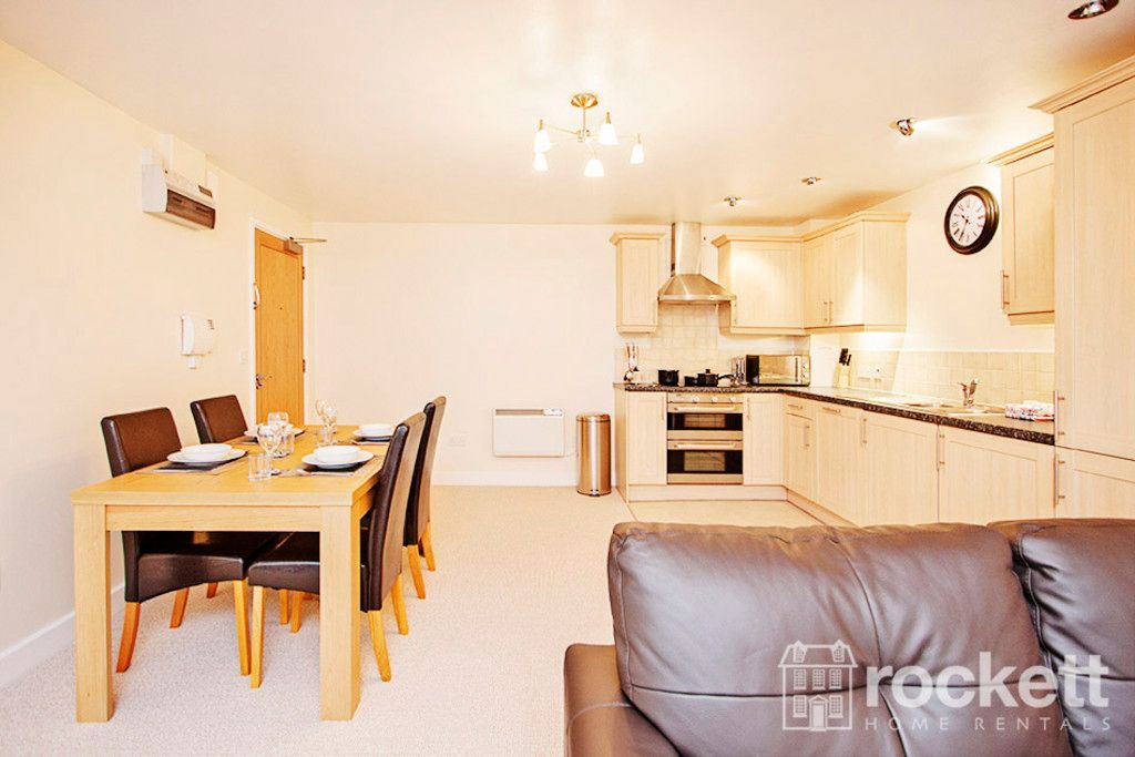 3 bed flat to rent in Newcastle Under Lyme  - Property Image 4