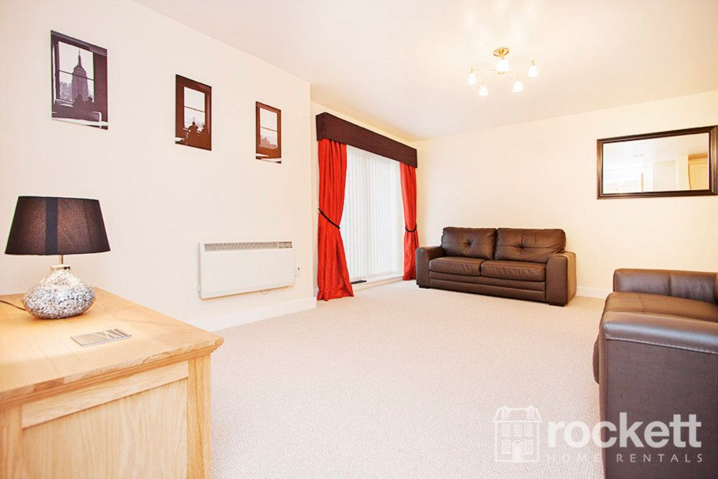 3 bed flat to rent in Newcastle Under Lyme  - Property Image 7
