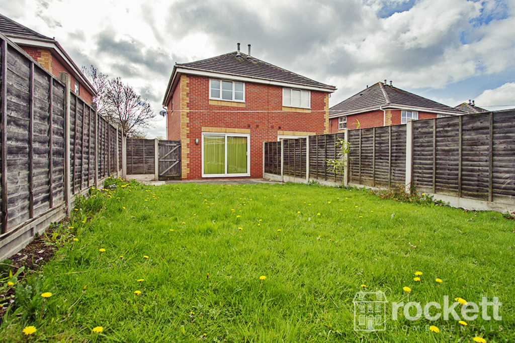 2 bed house to rent in Wood Street, Longton  - Property Image 9