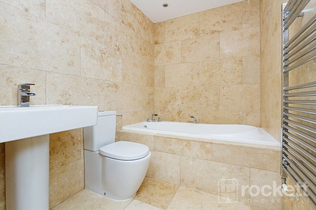 2 bed flat to rent in Kingsley Hall, Newcastle Under Lyme  - Property Image 12